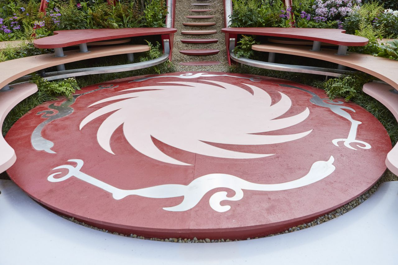floor paint in bespoke colours for walkways at chelsea flower show for architects