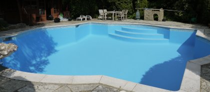 Acrylic swimming pool paint, colour BS 18E51.